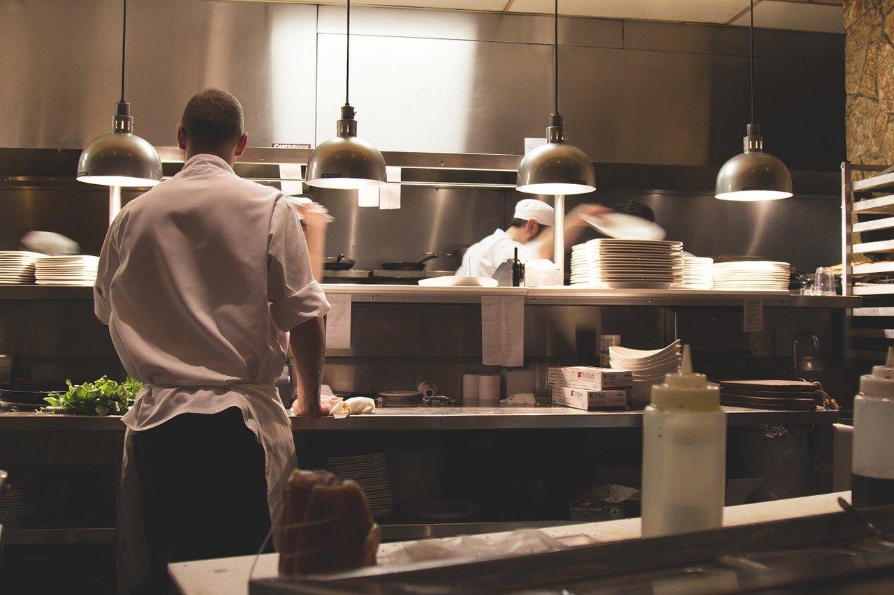 Chcesz gotować lepiej? Sprawdź te porady kulinarne!