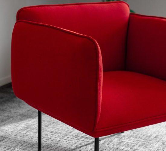 Uważnie wybieraj nowy fotel do salonu czy sypialni
