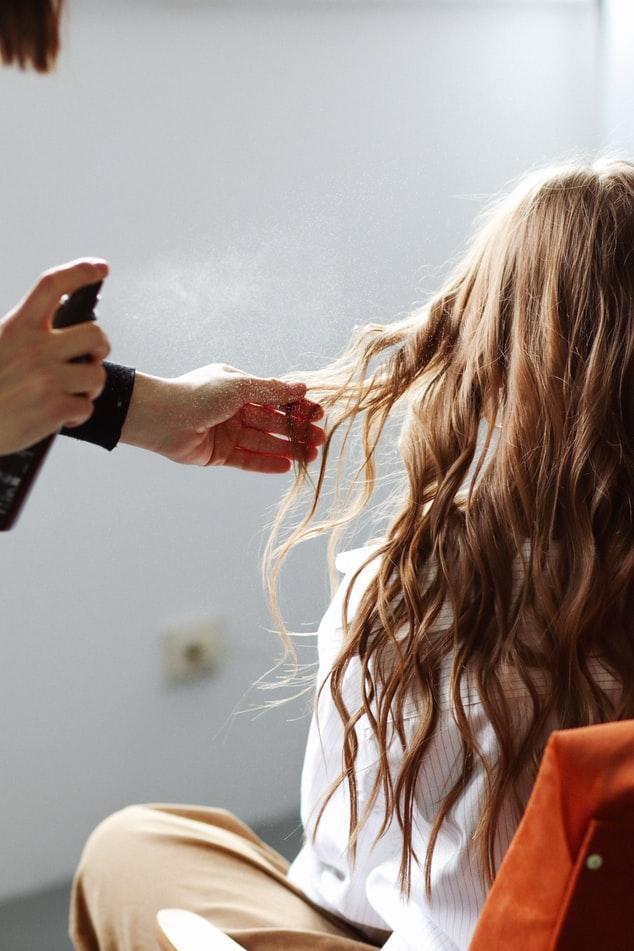 Co brać pod uwagę przy wybieraniu salonów fryzjerskich?