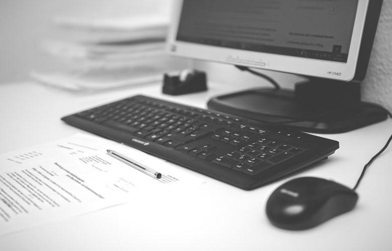 Jak wyszukać odpowiednie programy do biura?